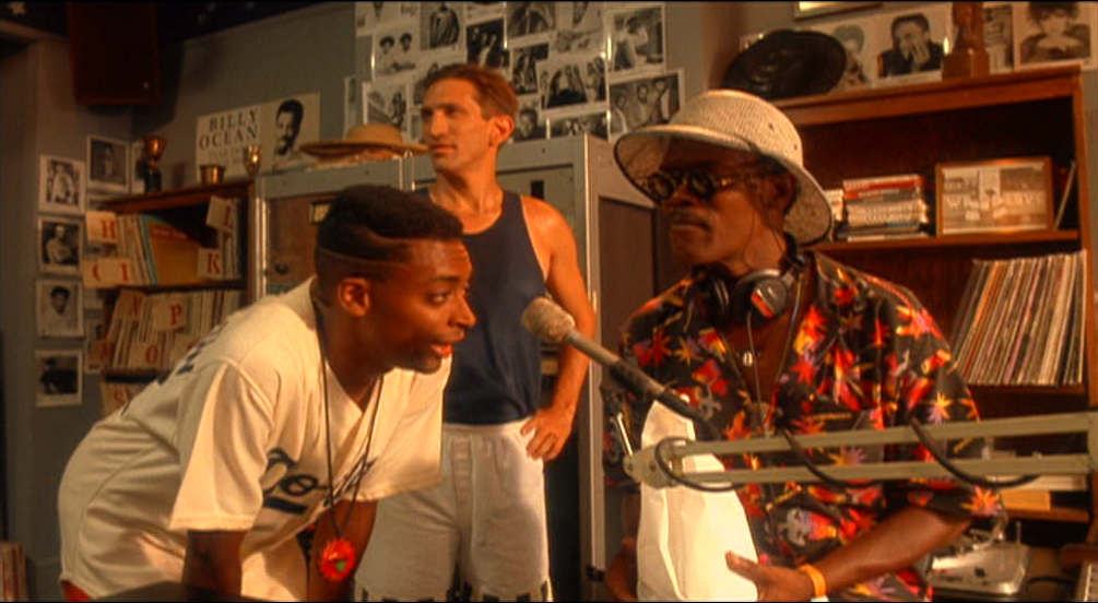 film argument do the right thing Why do people consider do the right thing a great film you cannot measure a film's worth by making the argument of it looks dull and low-budget.
